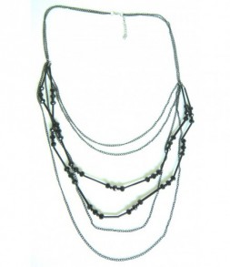 Sautoir perles de verre noires