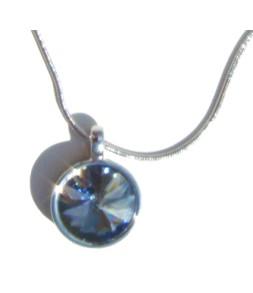 Magnifique pendant strass bleu gris clair sur chaine argentée